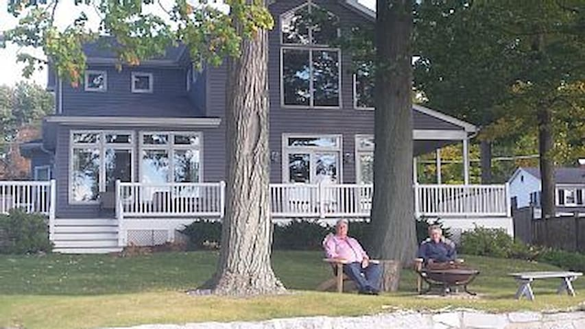 Relaxing Lake Home with Sunset Views - Auburn - Hus
