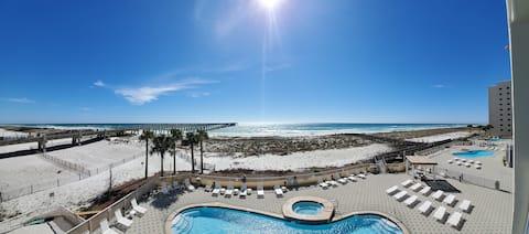 #203 Oceanfront,Pier,HeatedPool,Eat,Drink,HotTub.