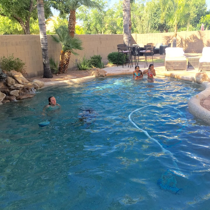 Val Vista Lakes house with private pool