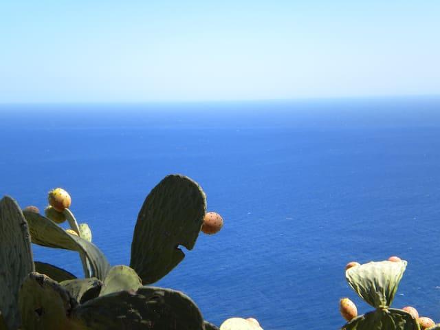 Appartamento a 50 metri dalla spiaggia di Naxos