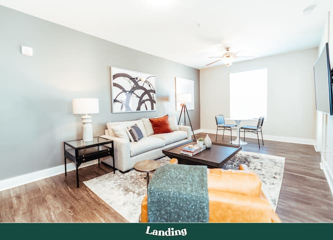 Landing | Modern and Cozy Apartment in Downtown