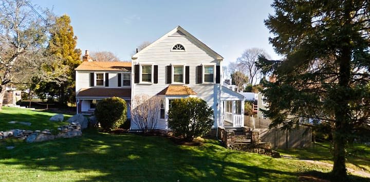 Newly Remodeled CT Retreat