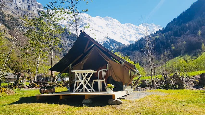 Safarizelt 2 Personen (EIGER) / Camping Rütti