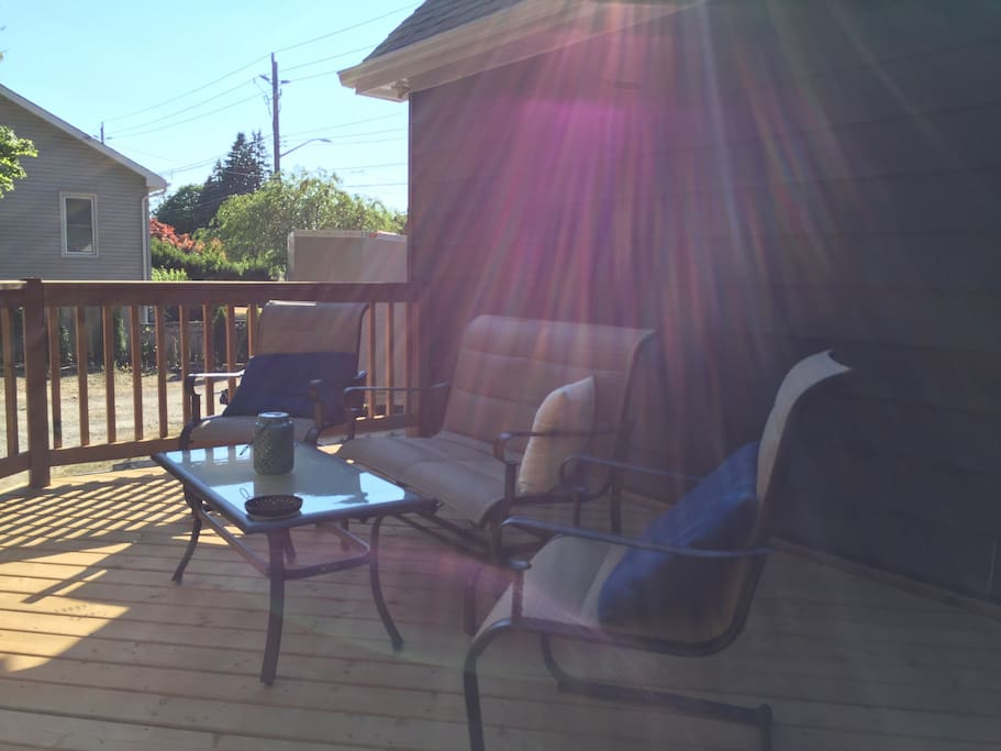 Morning coffee here on the deck is an excellent way to start a busy day in Niagara. Coffee and tea included in your stay.