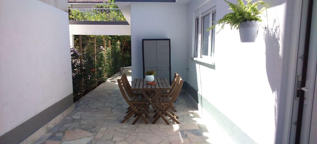 Quality beach house
