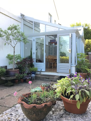 The conservatory where you can have breakfast
