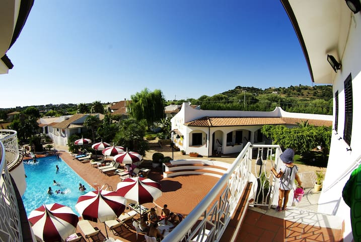 Hotel Baia del Capo - Camera Matr  Vista Piscina