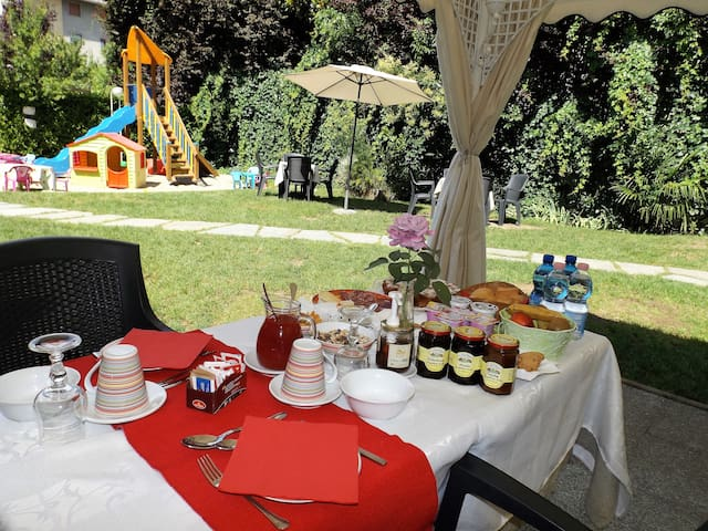 Bed & Breakfast Tiffany - Domodossola - Bed & Breakfast