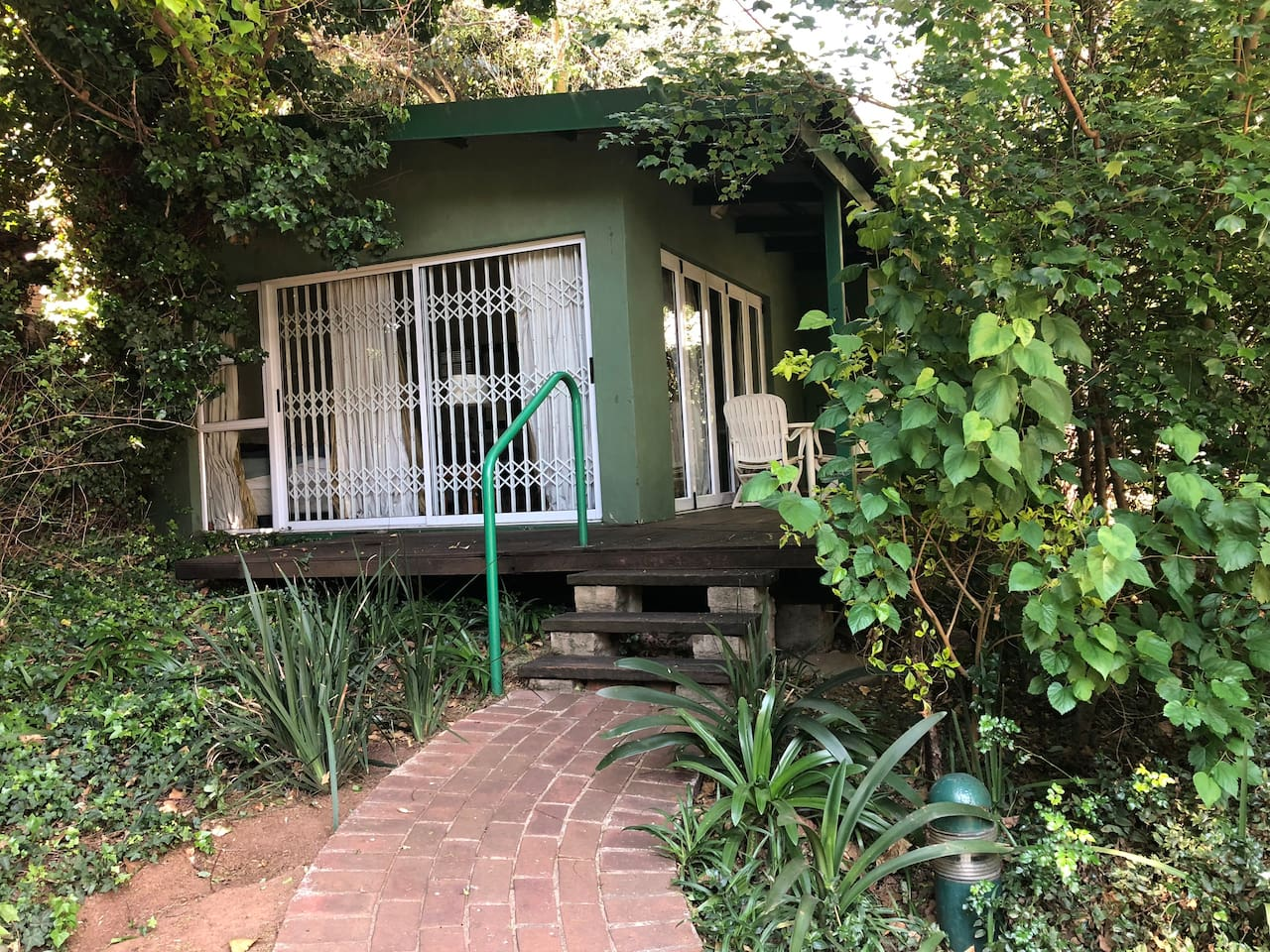 Chosen Guest Lodge Private cottage