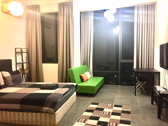 CONTEMPORARY LIVING AT STUDIO EMPIRE DAMANSARA