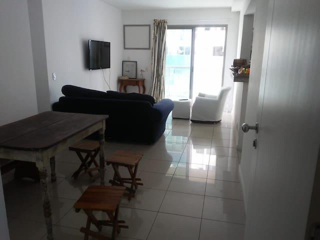 Apartamento  para dois colado ao Ramada Recreio.