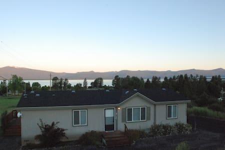CraterLake Bungalows-Lakeview - Chiloquin - Dům