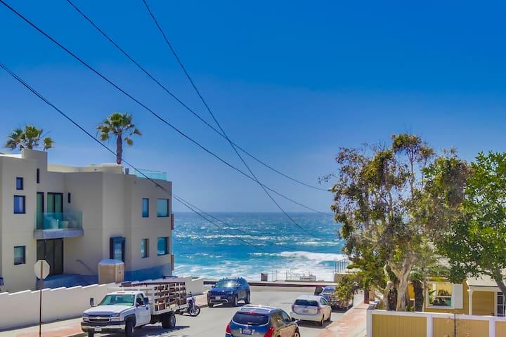 Luxury Condo with Ocean Views