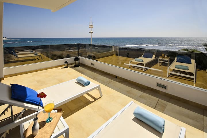 Casa Botavara, the luxury beach house