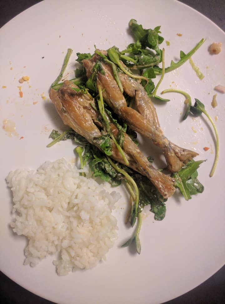 Frog legs Jasmin rice and arugula