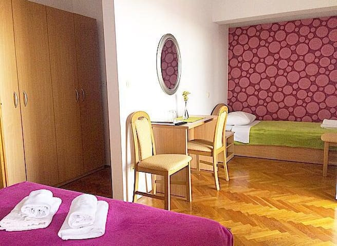 Bed and breakfast Villa Mamut M4