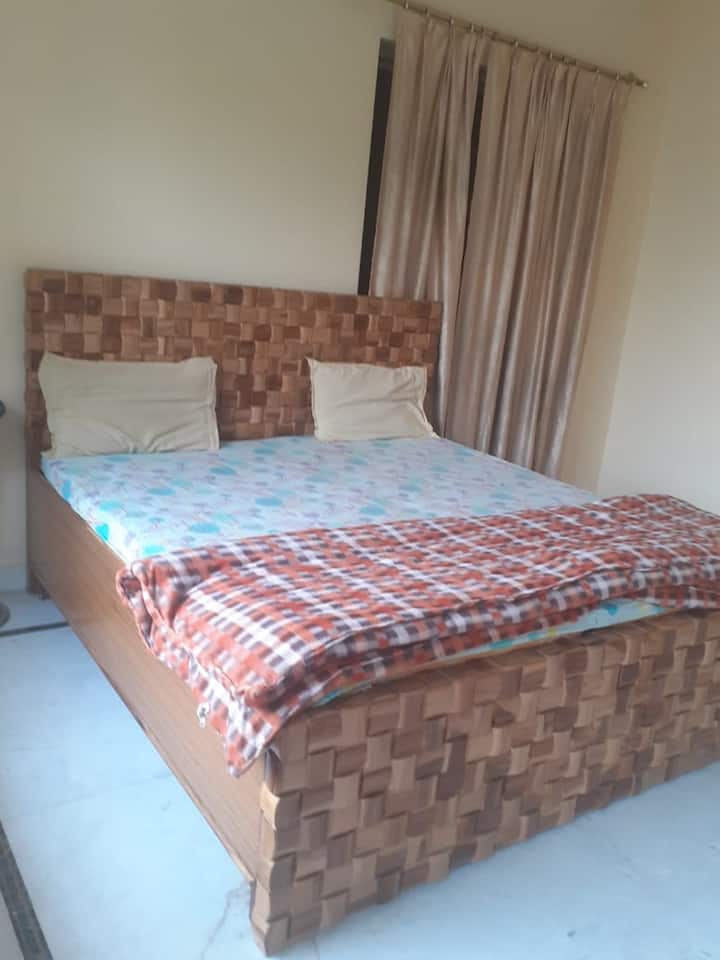 DOUBLE BED ROOM WITH ATTACH BATHROOM, GREEN VIEW