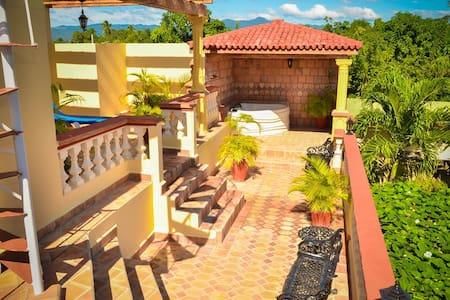Hostal Villa Dalia - Habitación 3 - Casilda