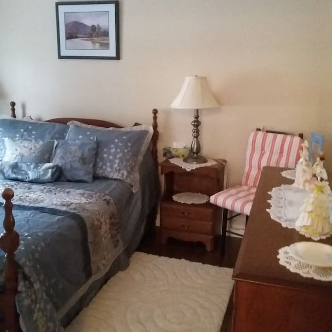 Guest room comfortable double bed