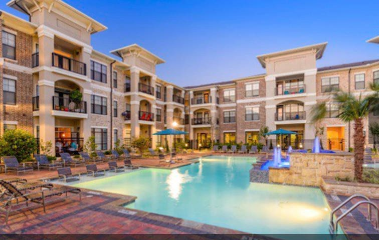 Luxurious apartments in the suburb of DTX