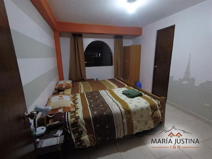 Maria Justina Inn 202 private room 2 beds ensuite