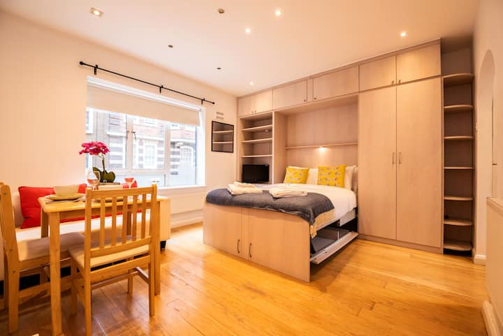 Prime, Sun-Filled Studio Apartment, Marylebone