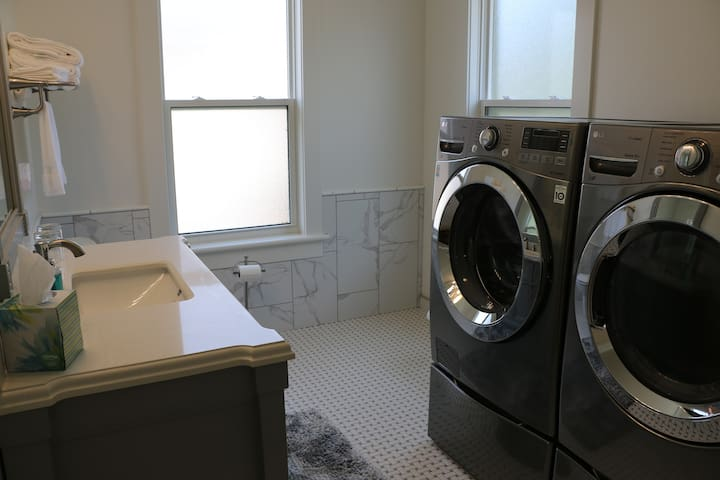Laundry services available.