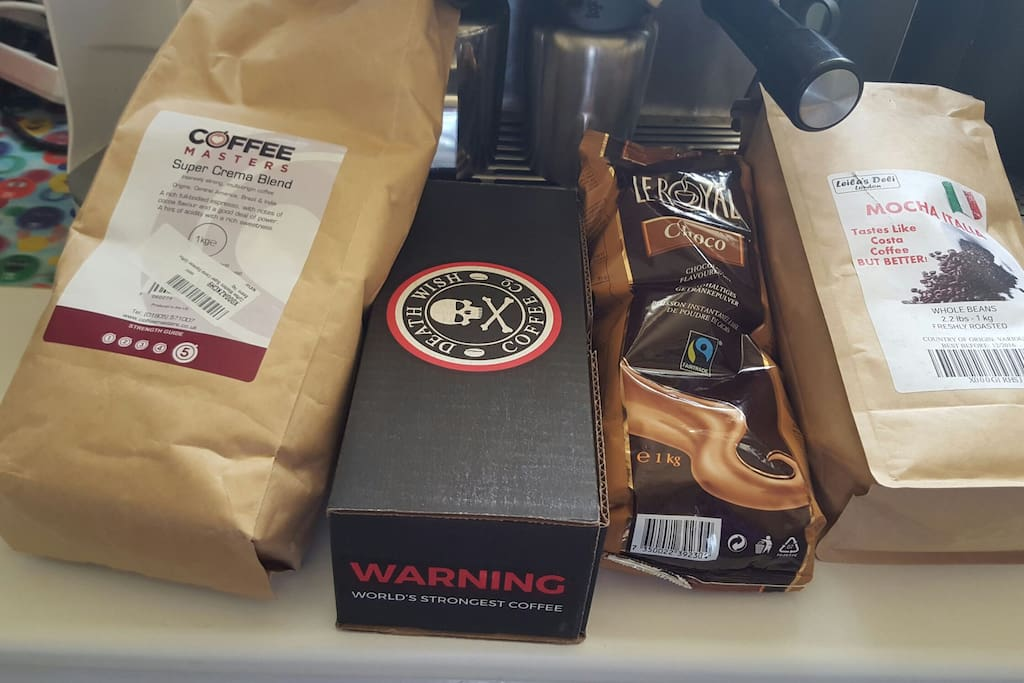 Freshly grinded coffee on request for all your latte cappuccino Mocha Caramella etc plus freah squeeze orange juice plus other drinks (blends vary depending on stock )