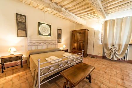 Appartamento Riserva con idromassaggio nel senese - Rosennano