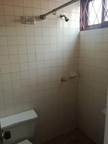 habitación pequeña para dama