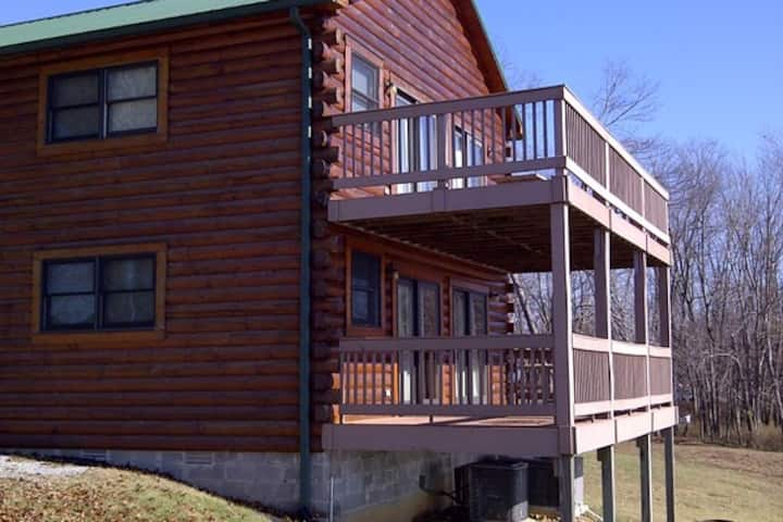 Stay and Play- 3BDRM LOG CABIN (PRZ-C31)