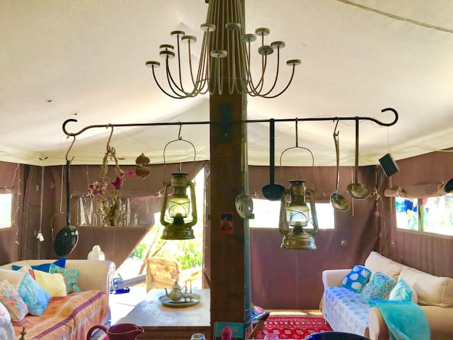 Bohemian-style DUTCH TENT HOUSE