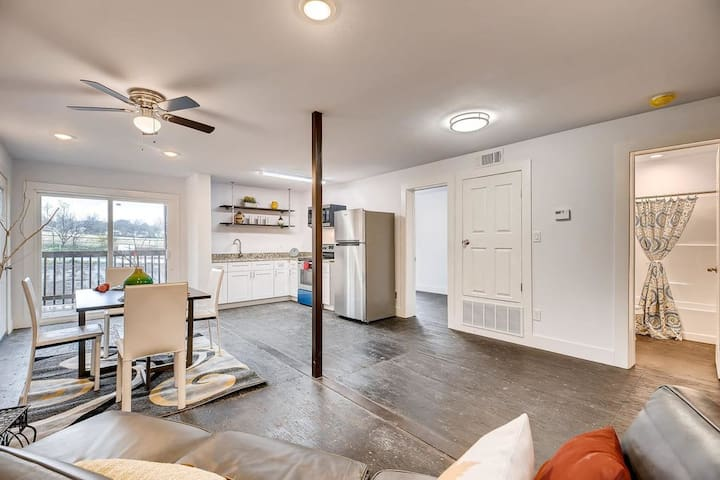 New Apartment near Downtown