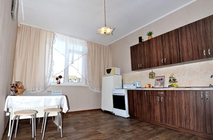 Сдается квартира в новом доме - Orenburg - Apartment