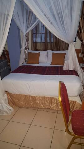 Hotel Milestone Nairobi deluxe suites - Nairobi - Bed & Breakfast
