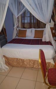 Hotel Milestone Nairobi deluxe suites - Nairobi