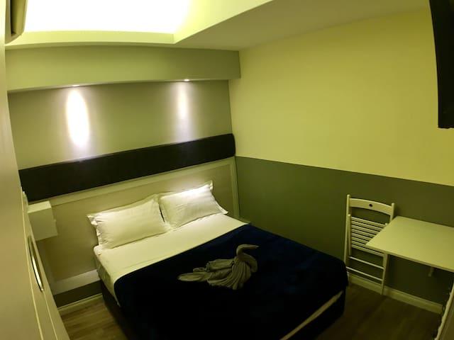 Room/private bath/WIFI/Kepong Kuala Lumpur静思堂马来西亚
