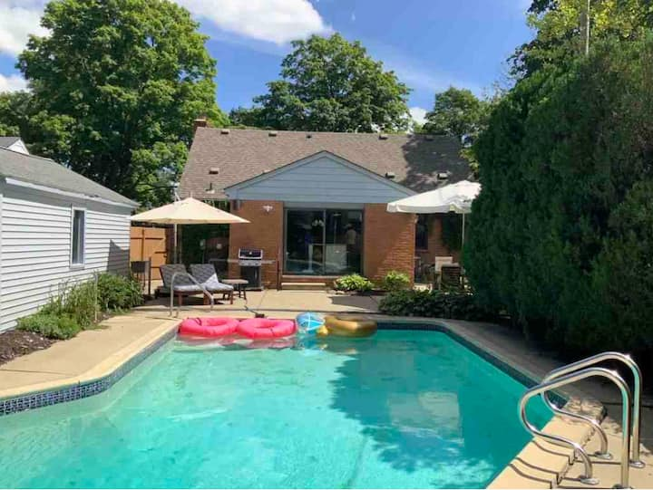 Charming Birmingham Home with Private Heated Pool