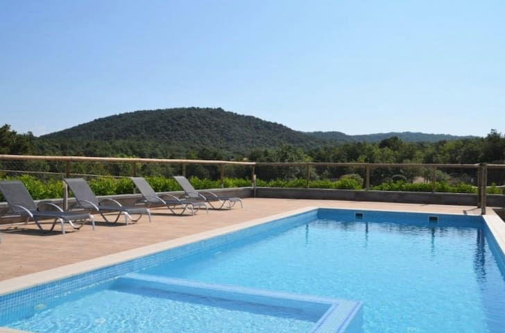 El Riberella - Beautiful holiday home