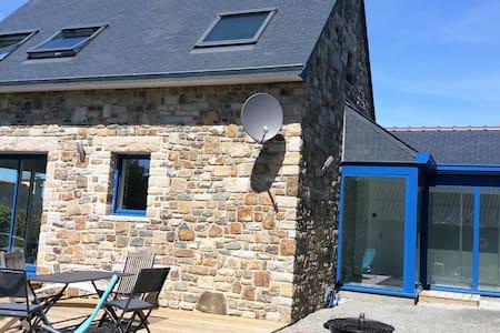Maison neuve en pierres à 200m de la mer - Crozon - Dom