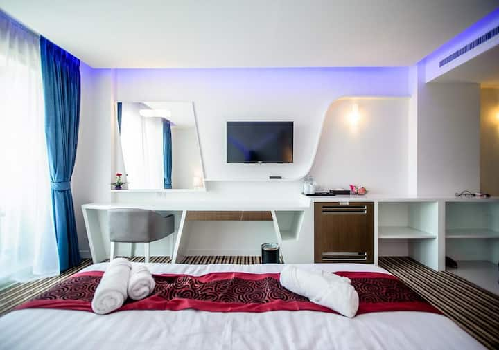 โรงแรม เดอะพาราดิโซ เจเค ดีไซน์