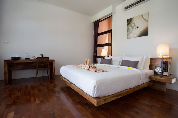 Terrific and sleek room for 2 in Koh Lipe