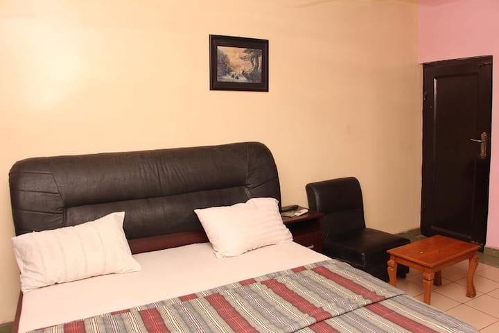 Daniel Suites - Superior Room