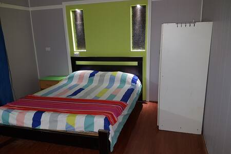Spacious 2 bedroom flat close to Wet & Wild Sydney - Saint Marys