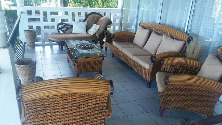 Farida Lodge / Chambre côté jardin