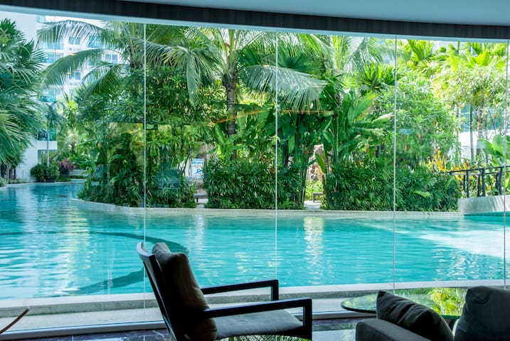 Pool View 1 BR in Amazon Residences
