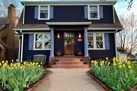 Colorful, Historical Home in Midtown