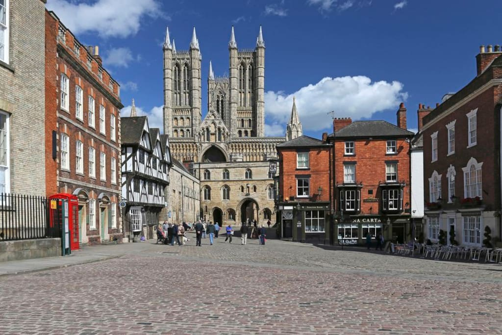 Lincoln Cathedral - 250yards from cottage
