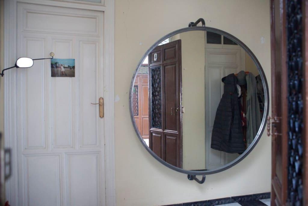 Espejo de la entrada