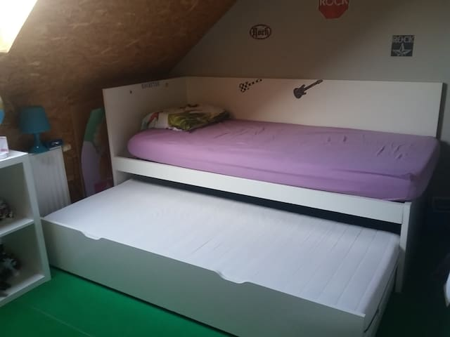 ROOM NEAR AALST/DENDERMONDE